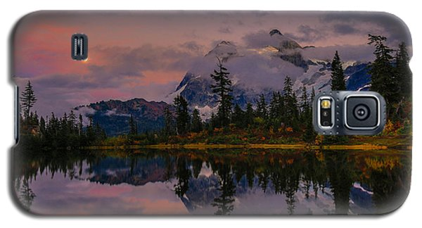 Bloodmoon Rise Over Picture Lake Galaxy S5 Case by Eti Reid