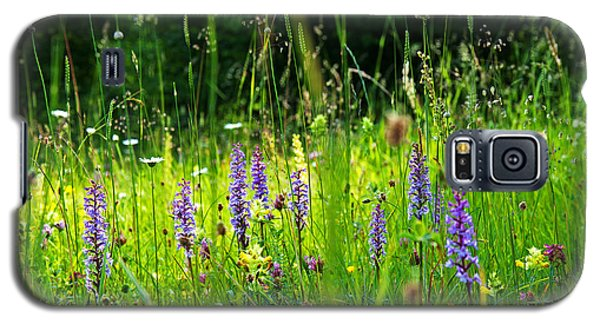 Galaxy S5 Case featuring the photograph Blossom Summer Meadow by Kennerth and Birgitta Kullman