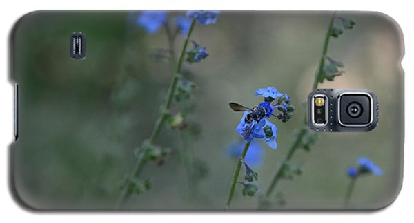Galaxy S5 Case featuring the photograph Blue Bee by Tamera James