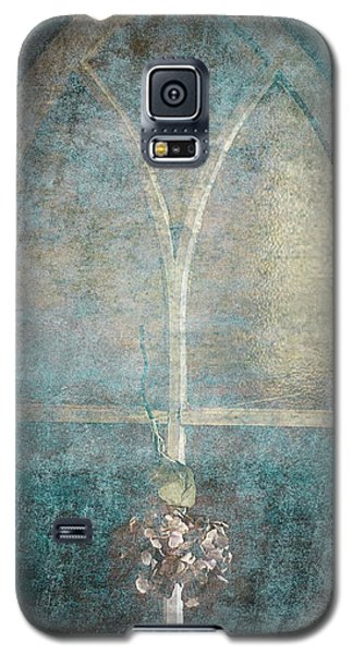 Blue Church Window And Hydrangea Galaxy S5 Case by Suzanne Powers