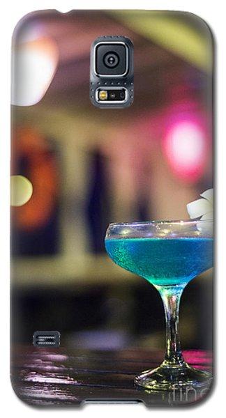 Blue Cocktail Drink In Dark Bar Interior Galaxy S5 Case