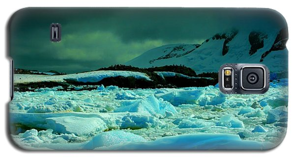 Galaxy S5 Case featuring the photograph Blue Ice Flow by Amanda Stadther