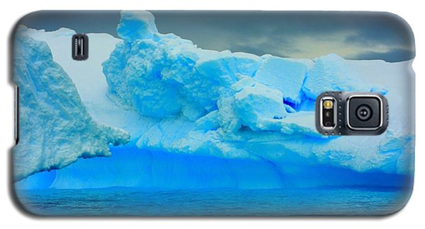 Galaxy S5 Case featuring the photograph Blue Icebergs by Amanda Stadther