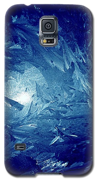 Galaxy S5 Case featuring the photograph Blue by Richard Thomas