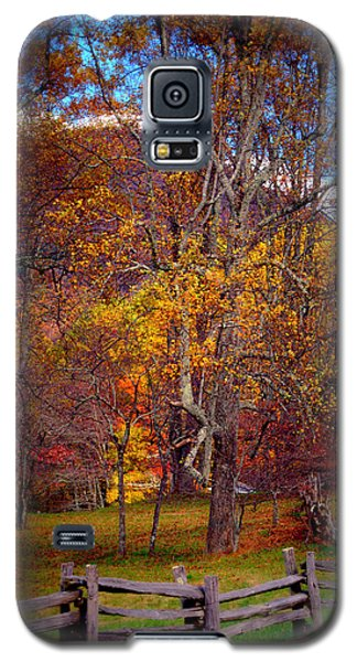 Blue Ridge Fenced In Fall Galaxy S5 Case