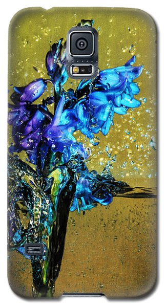 Galaxy S5 Case featuring the mixed media Bluebells In Water Splash by Peter v Quenter