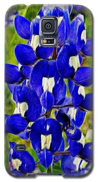 Galaxy S5 Case featuring the photograph Bluebonnet by Kathy Churchman
