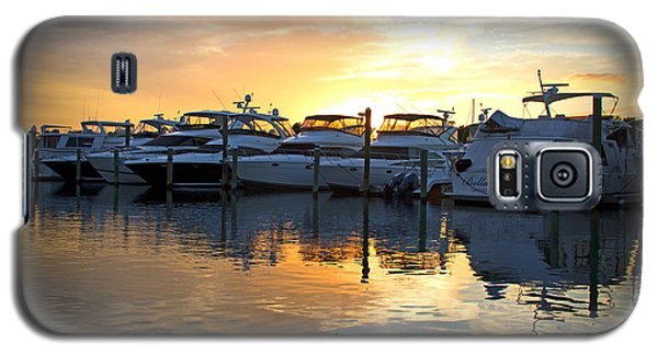 Galaxy S5 Case featuring the photograph Bluewater Sunset by Phil Mancuso