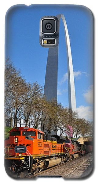 Bnsf Ore Train And St. Louis Gateway Arch Galaxy S5 Case