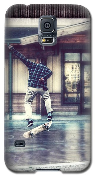 Galaxy S5 Case featuring the photograph Boarder Bliss by Melanie Lankford Photography