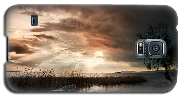 Boat On The Lake Galaxy S5 Case
