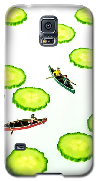 Boating Among Cucumber Slices Miniature Art Galaxy S5 Case
