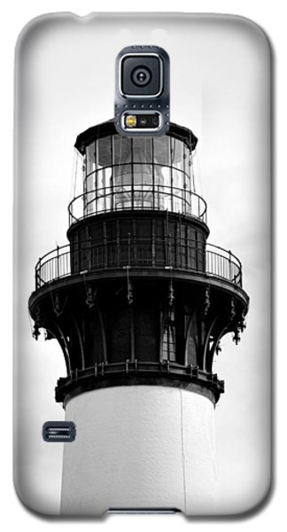 Galaxy S5 Case featuring the photograph Bodie Lighthouse Lens In Black And White by Bob Sample
