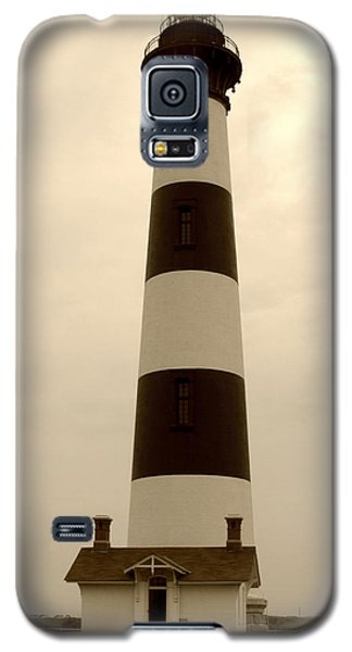 Galaxy S5 Case featuring the photograph Bodie Light IIi by Kelly Nowak