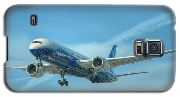 Galaxy S5 Case featuring the photograph Boeing 787-9 by Jeff Cook