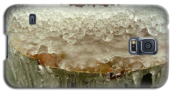 Galaxy S5 Case featuring the photograph Boiling Ice by Heidi Manly