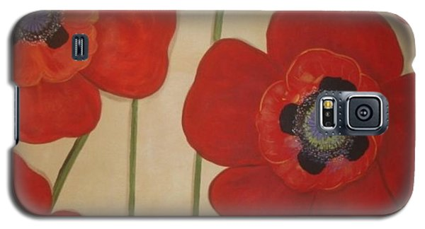 Galaxy S5 Case featuring the painting Bold Poppies by Cindy Micklos