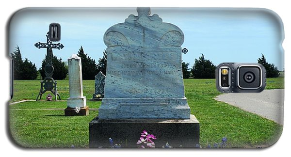 Galaxy S5 Case featuring the photograph Bomarton Catholic Cemetery 6 by The GYPSY And DEBBIE