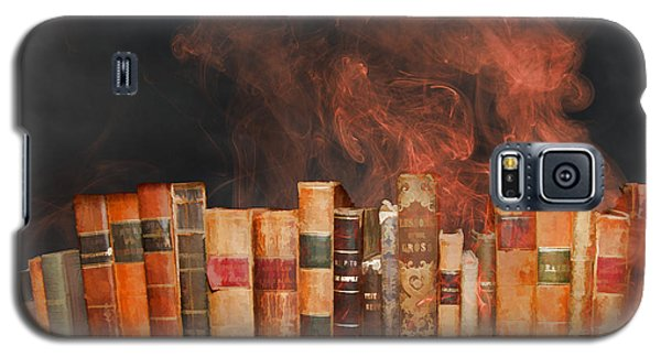 Book Burning Inspired By Fahrenheit 451 Galaxy S5 Case