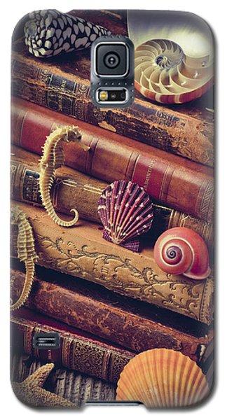 Books And Sea Shells Galaxy S5 Case