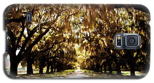 Galaxy S5 Case featuring the photograph Boone Plantation by Bill Howard