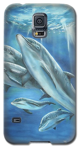 Galaxy S5 Case featuring the painting Bottlenose Dolphins by Thomas J Herring