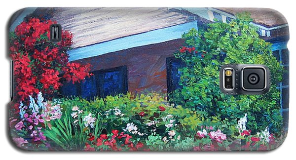 Galaxy S5 Case featuring the painting Bougainvillea House by Cheryl Del Toro
