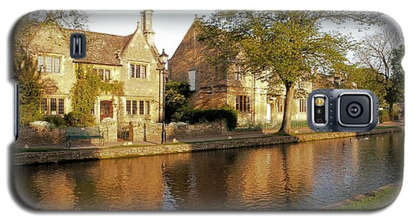 Bourton On The Water Galaxy S5 Case by Ron Harpham