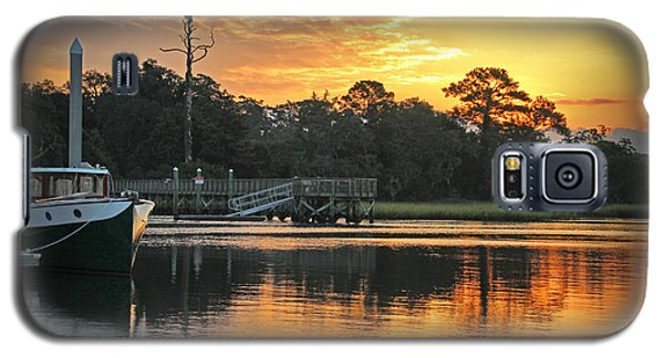 Galaxy S5 Case featuring the photograph Bradley Creek Sunrise #1 by Phil Mancuso