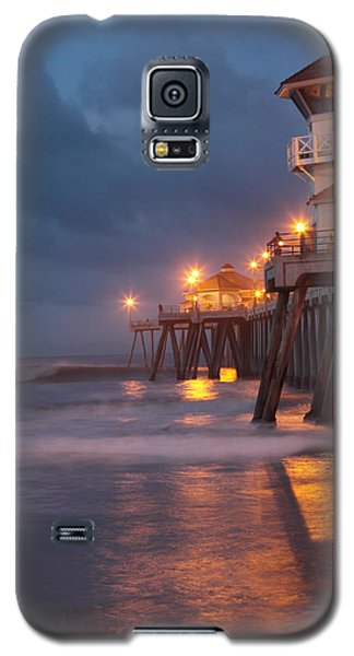 Galaxy S5 Case featuring the photograph Breaking  Dawn  by Duncan Selby