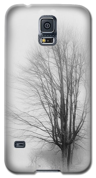 Galaxy S5 Case featuring the photograph Breaking Through by Greg Jackson