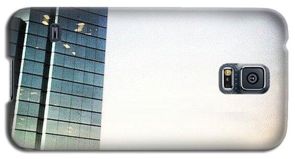 Skylines Galaxy S5 Case - Brentwood Skyline by Genevieve Esson