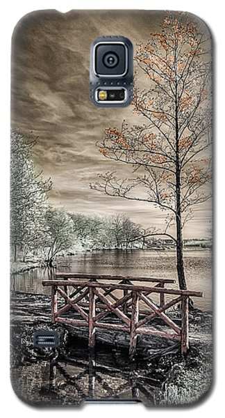 Bridge Over Calm Waters Galaxy S5 Case