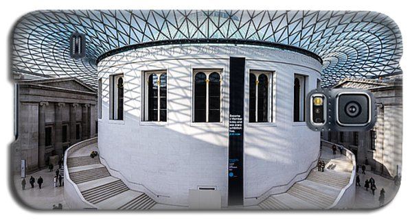 Galaxy S5 Case featuring the photograph British Museum Color by Matt Malloy