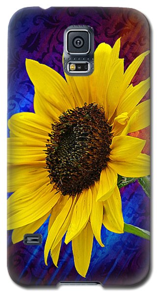 Galaxy S5 Case featuring the photograph Brocade Daisy by Judy  Johnson