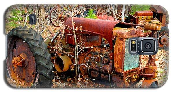Broken Down Old Tractor Galaxy S5 Case