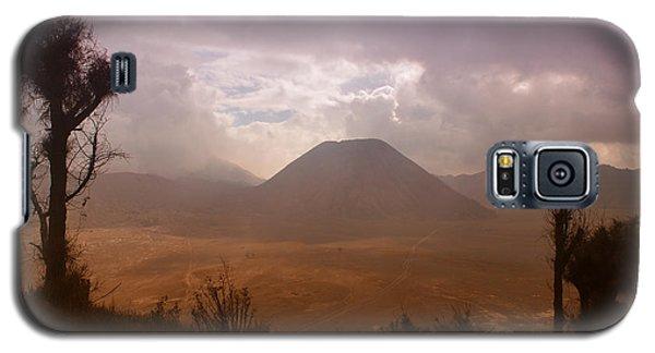 Bromo Galaxy S5 Case by Miguel Winterpacht