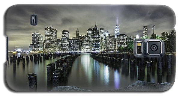 Galaxy S5 Case featuring the photograph Brooklyn On The Rocks  by Anthony Fields