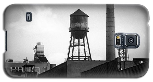 Galaxy S5 Case featuring the photograph Brooklyn Water Tower And Smokestack - Black And White Industrial Chic by Gary Heller