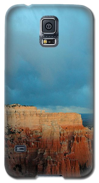 Bryce Canyon And Stormy Sky Galaxy S5 Case