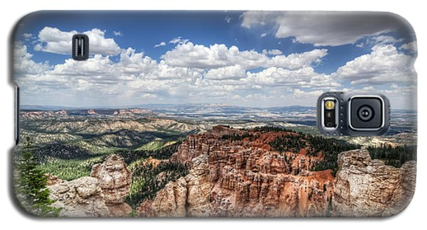 Galaxy S5 Case featuring the photograph Bryce Point by Tammy Wetzel