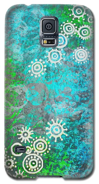 Galaxy S5 Case featuring the painting Bubble's World by Shabnam Nassir