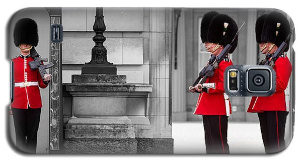 Buckingham Palace Guards Galaxy S5 Case by Matt Malloy