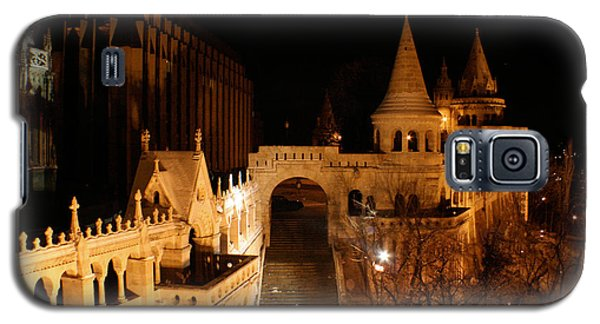 Galaxy S5 Case featuring the photograph Budapest At Midnight by Jon Emery