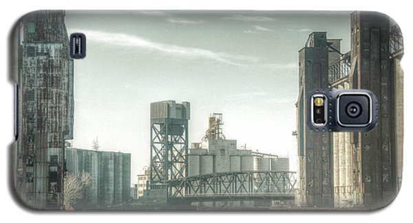 Galaxy S5 Case featuring the photograph Buffalo's Old First Ward by Jim Lepard
