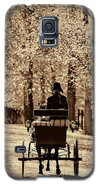 Galaxy S5 Case featuring the photograph Buggy Ride by Joan Davis