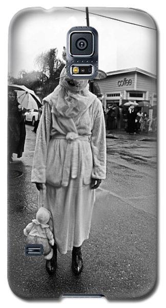 Bunny Head In The Rain On Mardi Gras Day Galaxy S5 Case