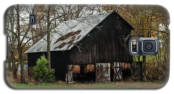 Galaxy S5 Case featuring the photograph Burley Tobacco  Barn by Debbie Green