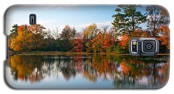 Galaxy S5 Case featuring the photograph Burton Pond Sunset by Robert Pilkington