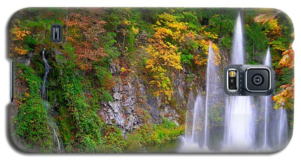 Butchart Waterfall And Fountain-- Galaxy S5 Case